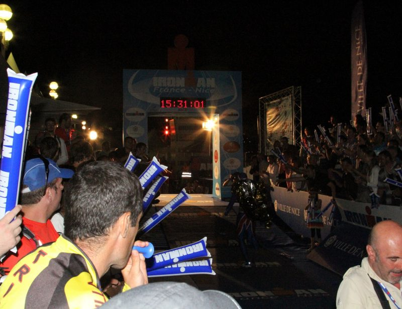 2013: Nice Ironman - Chris Finishing